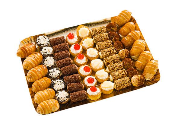 Buffet Di Dolci Mignon : Pasticcini mignon torte da buffet dolci congelati dolci