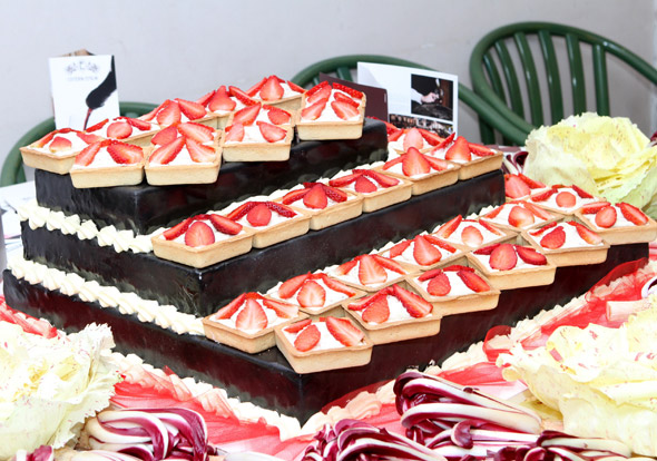 torta.monumentale.dolcefreddo.moralberti.al.migo.03