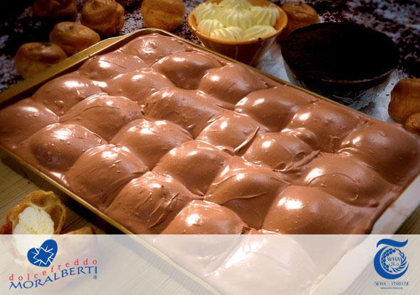 halal-torte-da-buffet-profiteroles-al-cioccolato