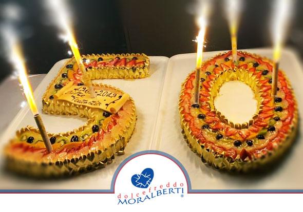 torta-cerimonia-sagomata-cake-design-su-ordinazione-dolcefreddo-moralberti-pasticceria-artigianale-italiana.05