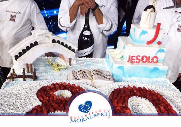 torta-monumentale-miss-italia-2019-dolcefreddo-moralberti-pasticceria-artigianale-italiana-02