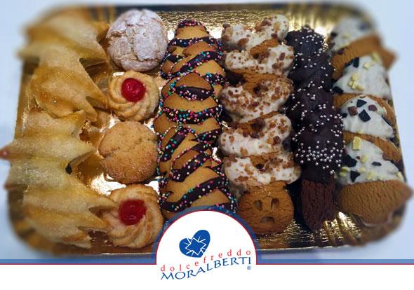 biscotti-di-natale-dolcefreddo-moralberti-pasticceria-artigianale-italiana