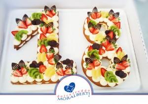torta-sagomata-compleanno-su-richiesta-dolcefreddo-moralberti-pasticceria-artigianale-italiana